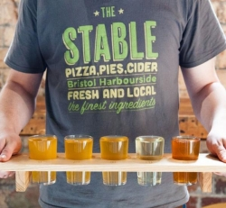 The Stable in Bristol review scores 5 out of 5 - Terrific Pizza and Cider