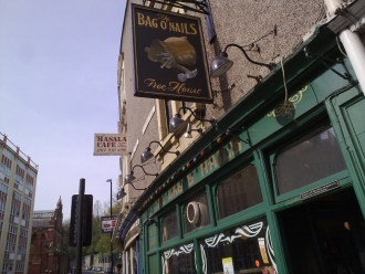 Bag Of Nails - Real ale pub in Bristol