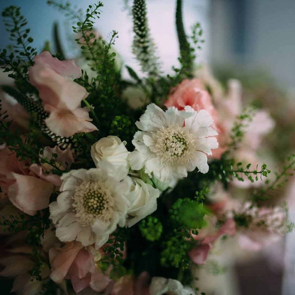 Wedding Flowers Packages Bristol : Belle de jour bristol s elite florist