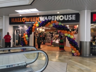 Halloween Make Up Classes in Bristol at Halloween Warehouse in The ...