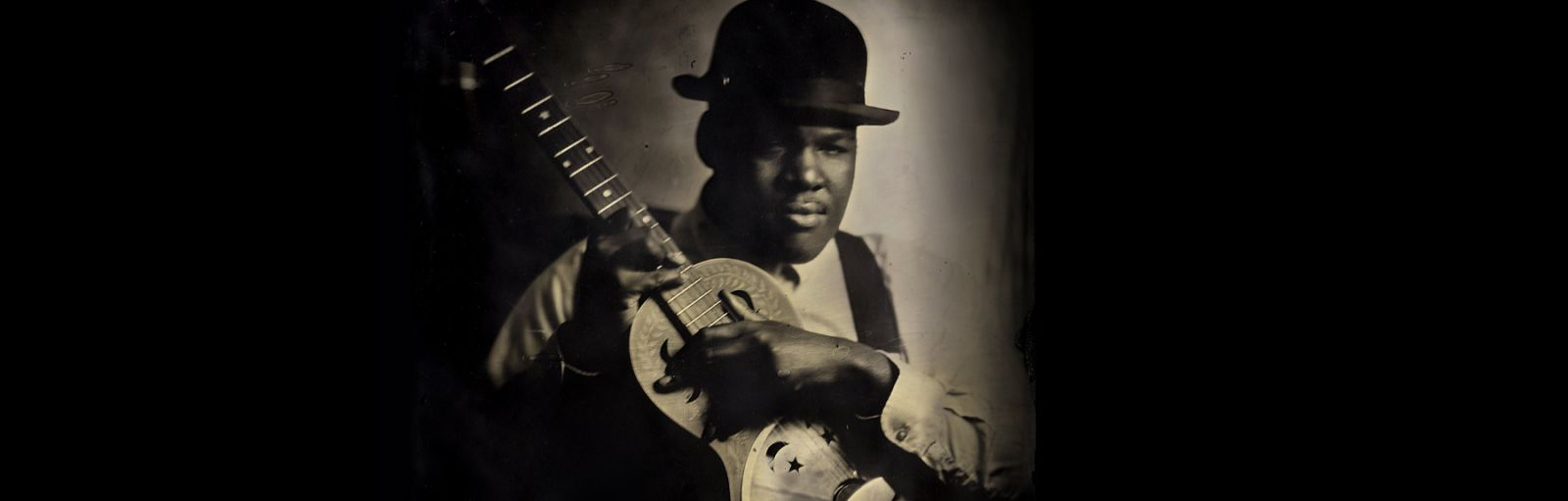Jerron 'Blind Boy' Paxton @ The Winston Theatre // Tuesday 25th June 2019