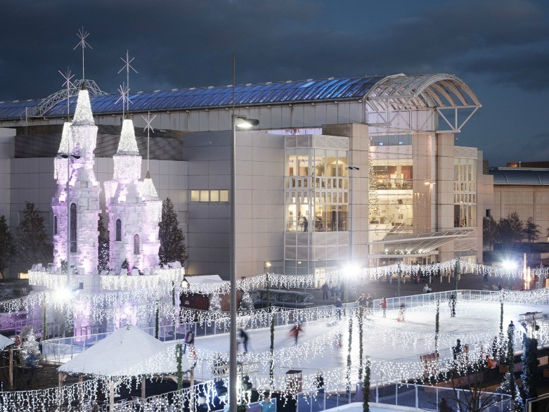 Ice Skating in Bristol for Christmas 2015 - Ice Rinks At-Bristol and Mall Cribbs