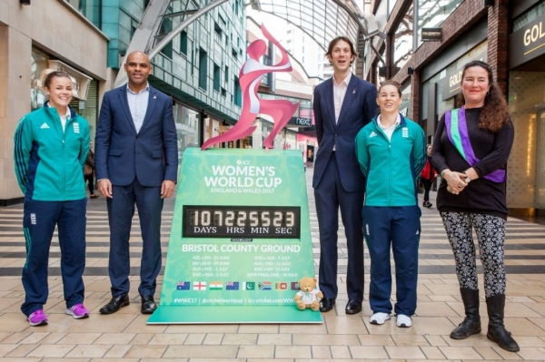 Mayor of Bristol, Marvin Rees, was joined by England internationals Alex Hartley and Tammy Beaumont, along with Gloucestershire Cricket chief executive Will Brown and Fi Hance