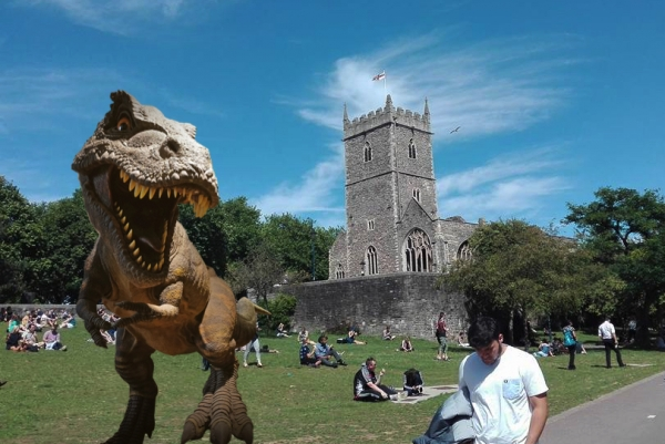 Dinosaurs to roam Bristol's Castle Park this summer