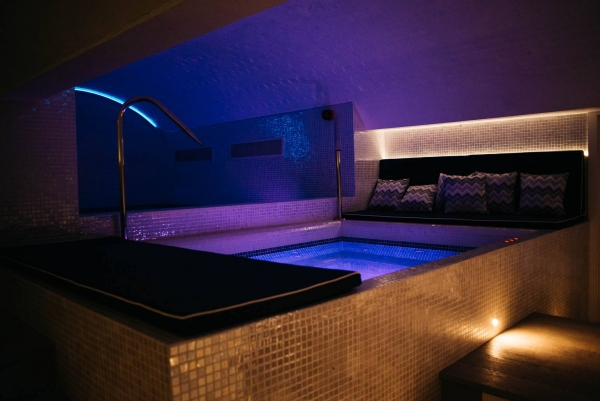 Luxury underground spa opens in central Bristol