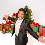 Last tickets remaining for Bristol opening of John Barrowman's Christmas tour